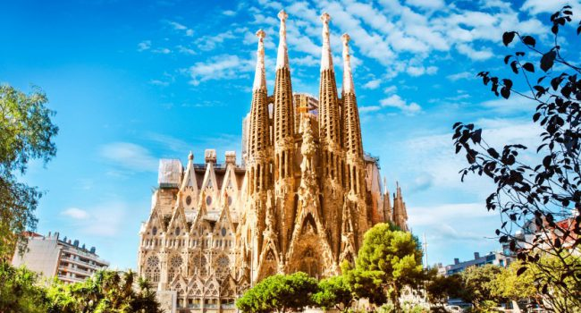 sagrada-familia-cathedral-tour